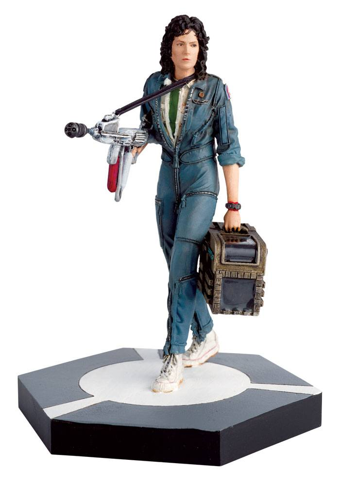 The Alien & Predator Figurine Collection Warrant Officer Ellen Ripley