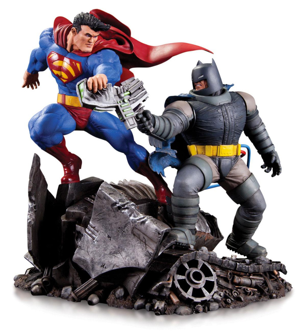 DC Comics Mini Battle Statue Batman vs. Superman 16 cm