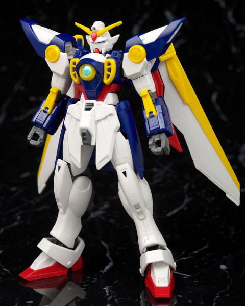 Gundam: High Grade - Wing Gundam 1:144 Scale Model Kit