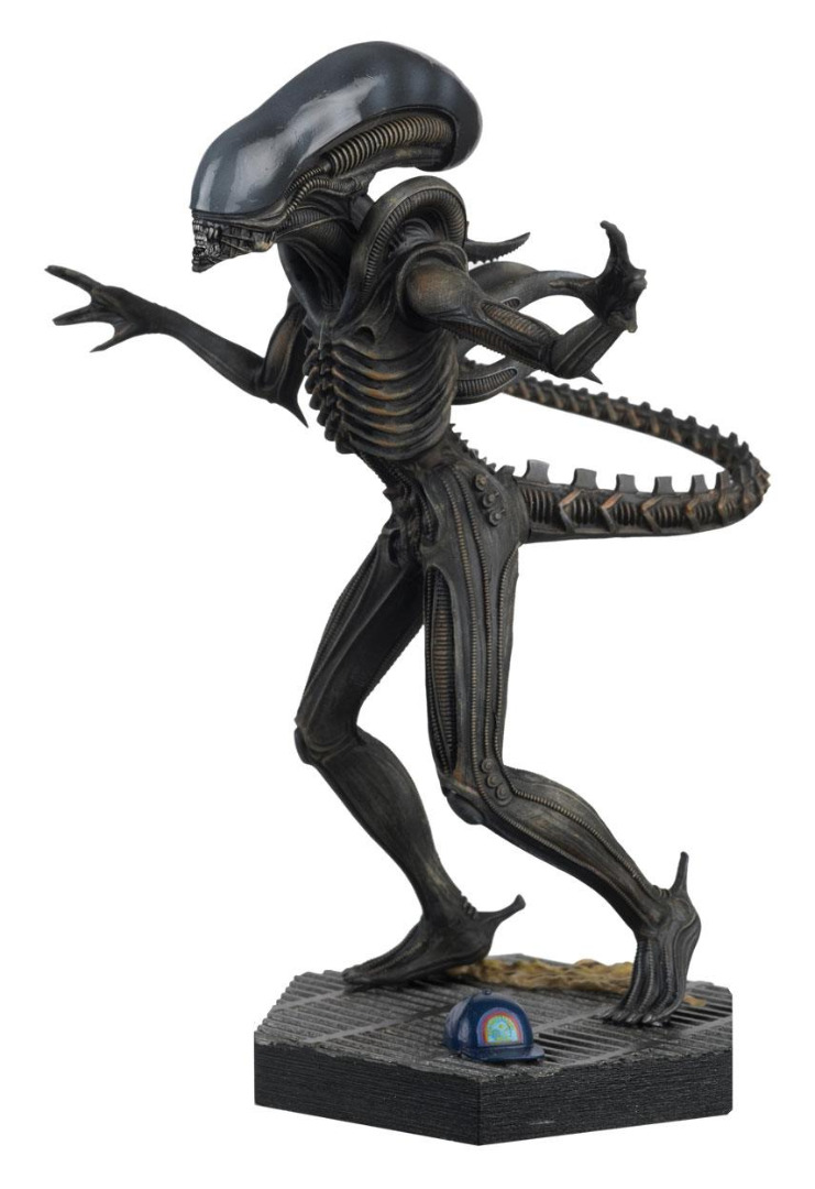 The Alien & Predator Figurine Collection Alien Xenomorph (Alien) 14 cm