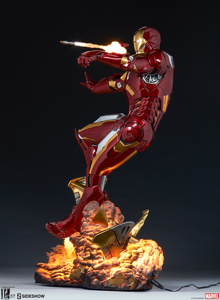 Marvel: The Avengers - Iron Man Mark VII Maquette 54 cm