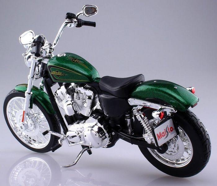 Harley Davidson Motorcycles Diecast 1:12 2013 XL 1200V Seventy-two