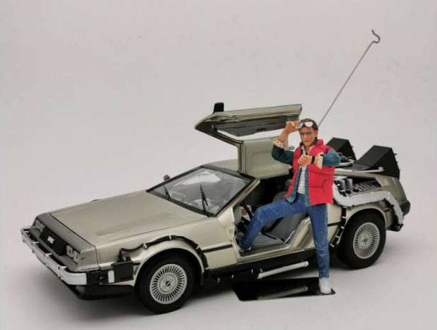 Back to the Future Diecast Model 1/18 1983 DeLorean with Marty McFly Figure