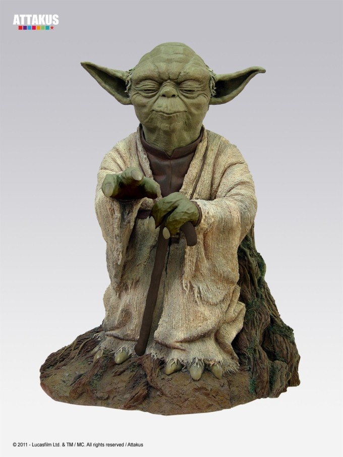 Star Wars: Yoda Using the Force Statue 53 cm