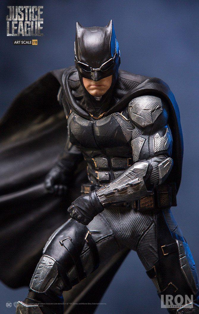 Justice League Art Scale Statue 1/10 Batman 18 cm