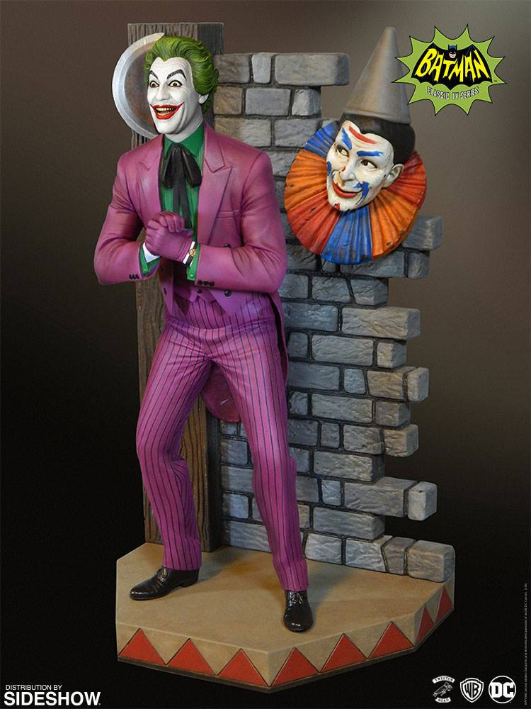 Batman 1966 Maquette Classic Joker 35 cm