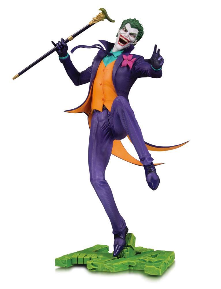 DC Core PVC Statue The Joker 28 cm