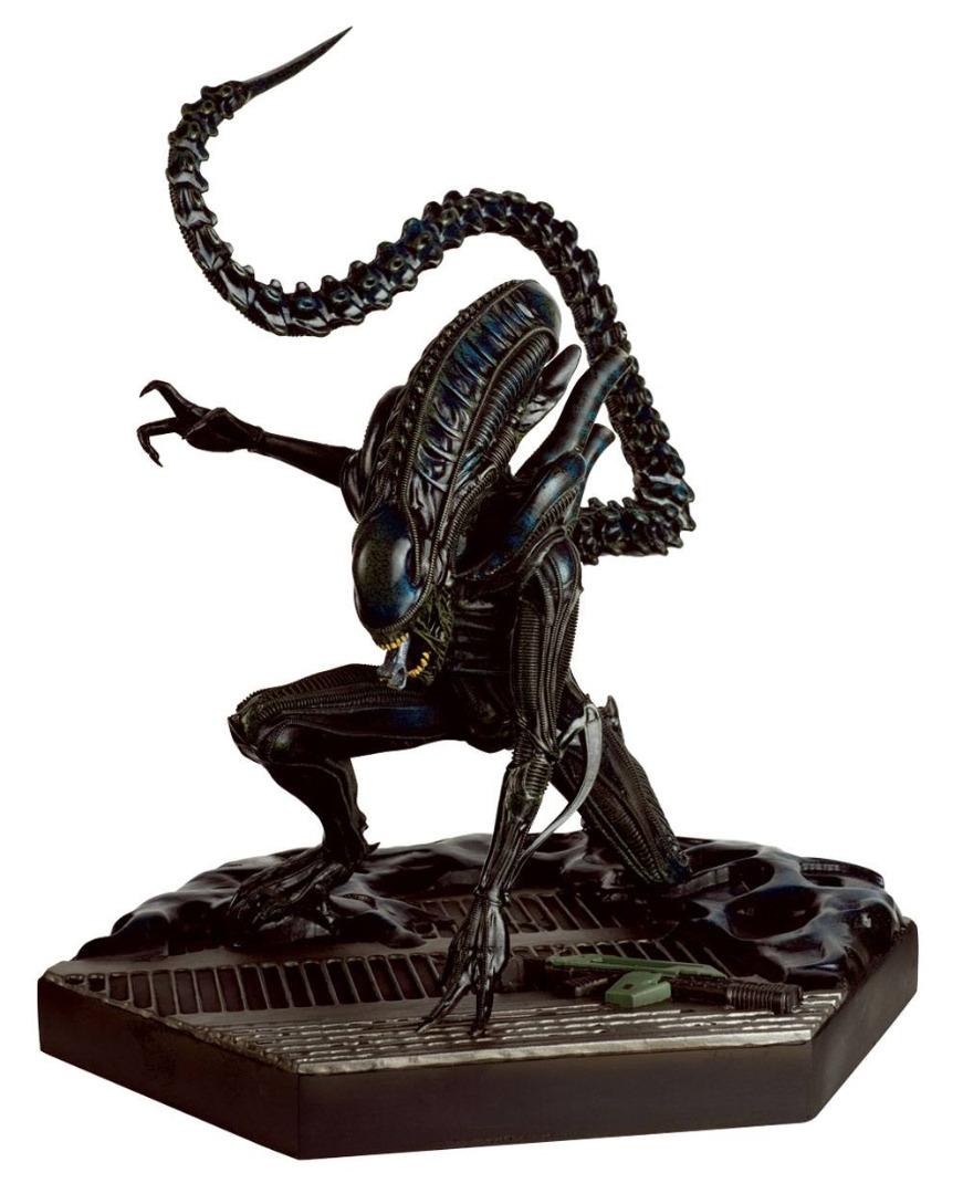 The Alien & Predator Figurine Collection Special Statue Mega Xenomorph