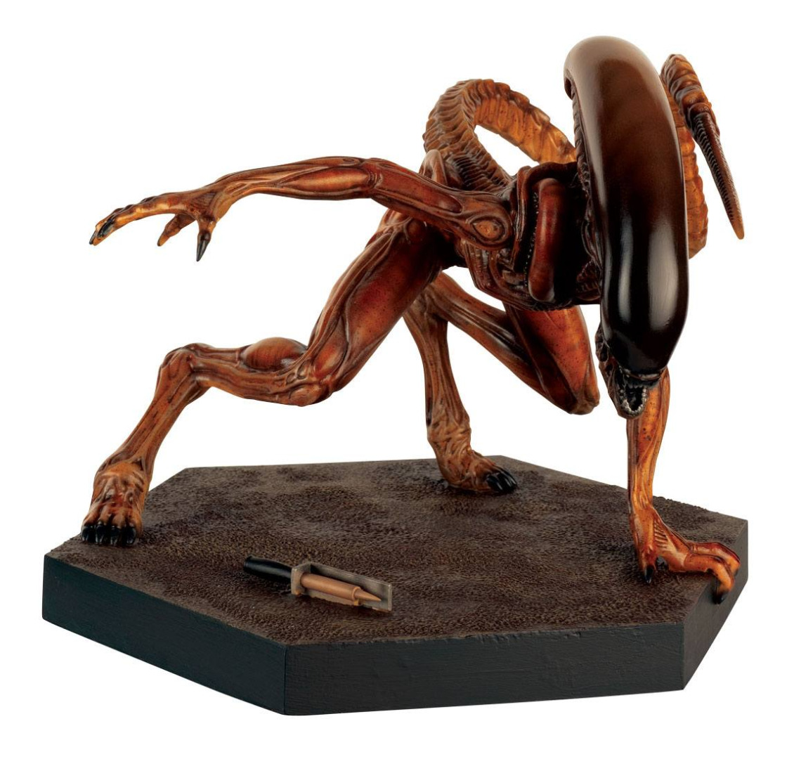 The Alien & Predator FigurineCollection Special Statue MegaRunner Xenomorph